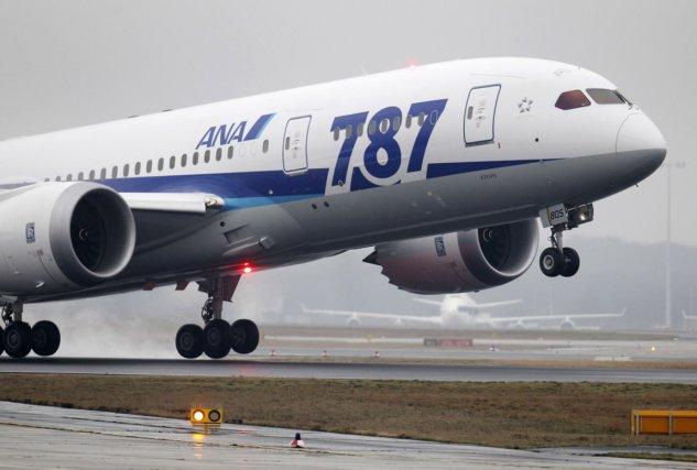 Le mystère des batteries carbonisées de deux Boeing 787 est encore loin d'être... (Photo archives Associated Press)