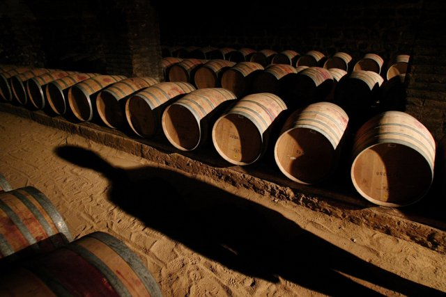 Des barils de vin... (Photo: Reuters)