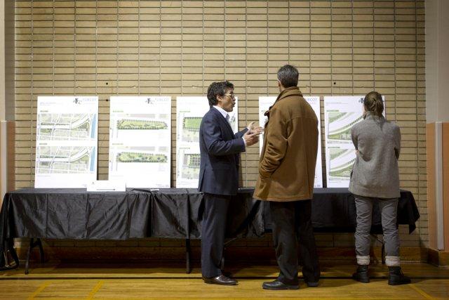 Lors de consultations publiques locales, leMTQ a présenté... (Photo: Marco Campanozzi, La Presse)