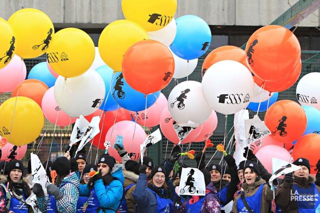 Il y a deux semaines, les travailleurs ont... (Photo Patrick Sanfaçon, archives La Presse)