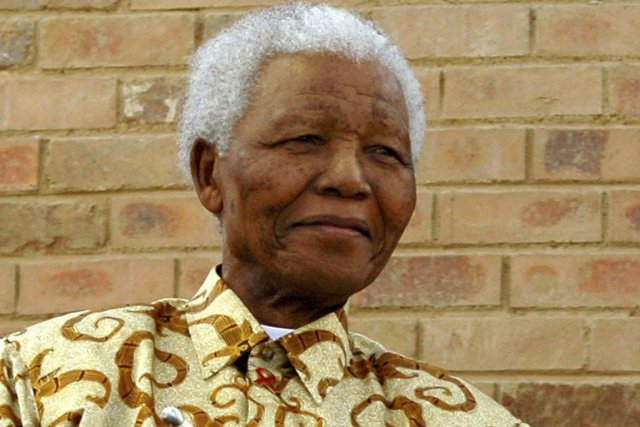 L'ancien président sud-africain Nelson Mandela.... (Photo Associated Press)
