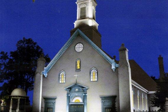 L'église de Saint-Augustin-de-Desmaures a été construite en 1809... (Esquisse Véronique Koulouris)