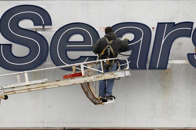 Sears Canada (T.SCC) a fait état mercredi d'une perte de 31,2... (Photo AP)