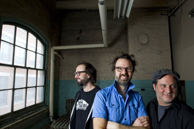 Le musicien domlebo (au centre) a réalisé un... (Photo: Alain Roberge, La Presse)