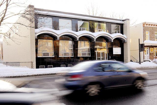 Une organisation musulmane voudrait transformer un ancien salon... (Le Soleil, Patrice Laroche)