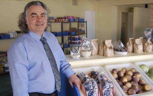 Rémy Therrien affirme que l'épicerie vient combler un... (Photo Louis Potvin)