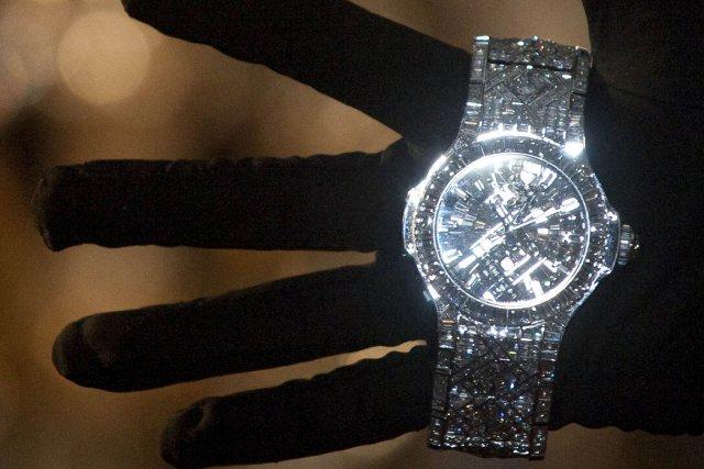 Une montre à 5 millions de dollars   Mode f61b316a3c10
