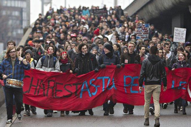 D'autres manifestations contre la hausse des droits de... (Photo Patrick Sanfaçon, La Presse)