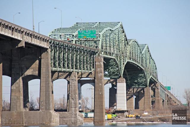 La construction d'un nouveau pont au-dessus du fleuve Saint-Laurent aura des... (Photo François Roy, La Presse)