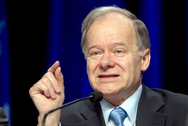 Le ministre des Finances Raymond Bachand indique que... (La Presse, Robert Skinner)