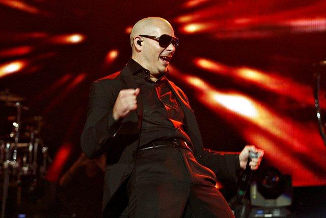 Pitbull, très actif sur les planches, s'adressait régulièrement... (Le Soleil, Pascal Ratthé)