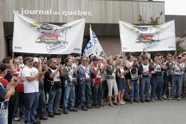 Les employés du Journal de Québec en lock-out... (Photo Jocelyn Bernier, Le Soleil)