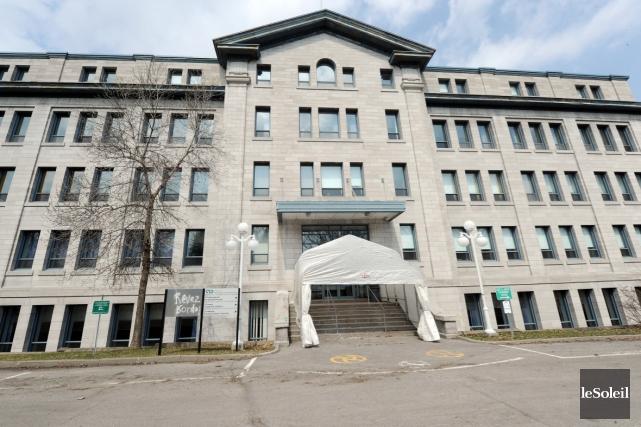 Le Collège François-Xavier-Garneau... (Photothèque Le Soleil, Erick Labbé)