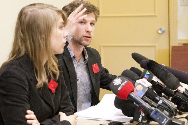 Les porte-parole de la CLASSE, Gabriel Nadeau-Dubois et... (Photo: Ninon Pednault, La Presse)