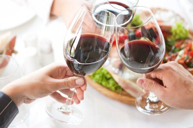 Le mois de novembre est le mois du vin au Québec! Des salons, des dégustations... (Photothèque Le Soleil)