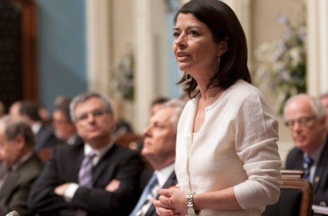 La ministre de l'Éducation, Line Beauchamp, demande instamment... (La Presse Canadienne)