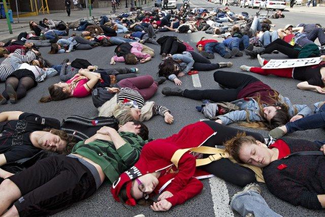 Une manifestation a eu lieu jeudi à Montréal.... (Photo Patrick Sanfaçon, La Presse)