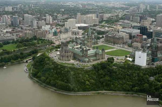 Environnement Canada a émis un avertissement de smog pour Gatineau, mercredi... (Archives, LeDroit)