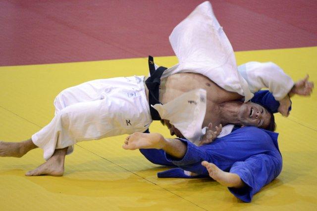 Sasha Mehmedovic (en blanc) a assuré en fin... (Photo: Bernard Brault, La Presse)