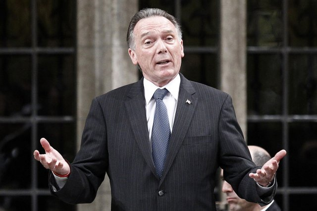 Peter Kent, ministre de l'Environnement à Ottawa.... (Photo: Reuters)