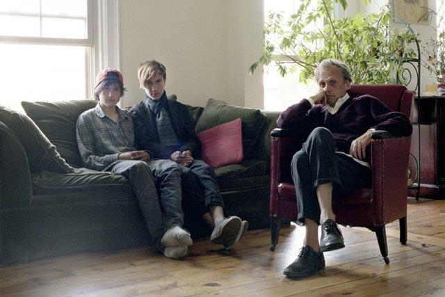 Denis, Elliot et Toby Nye, de Portland, dans... (Photo fournie par Facebook.portrait.com)