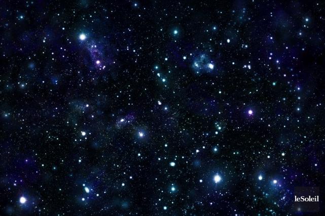 Perdre son regard dans l'infini d'un ciel rempli d'étoiles devient une activité... (Photothèque Le Soleil)
