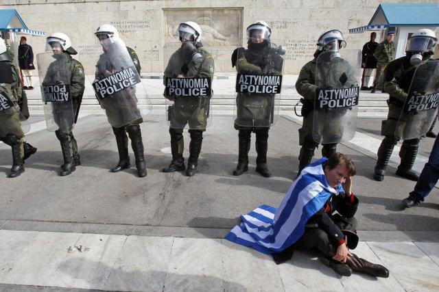 Selon William Rees, la Grèce donne le mauvais... (Photo: Thanassis Stavrakis, Archives AP)