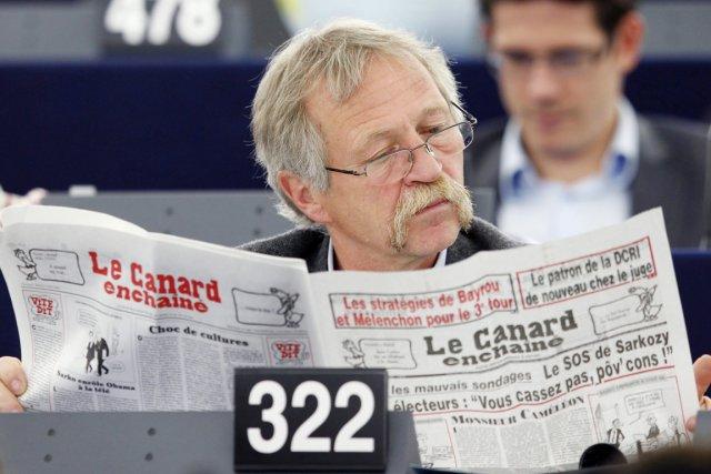 Le député européen José Bové (ci-dessus) a dénoncé... (Photo: Vincent Kessler, Reuters)