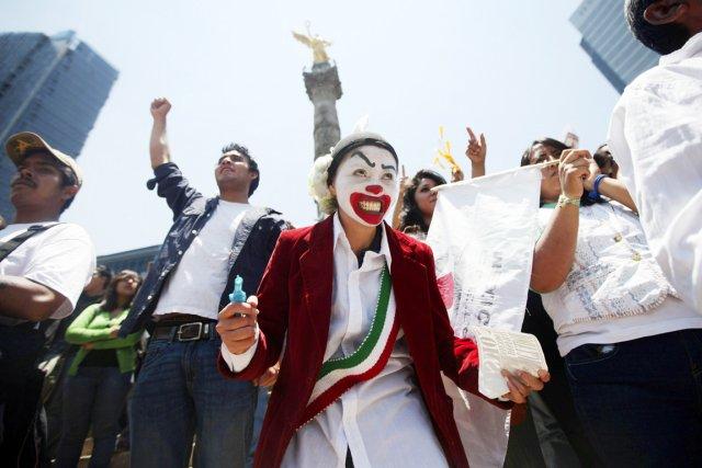 Samedi dernier, 46 000 étudiants ont manifesté dans... (Photo: Edgard Garrido, Reuters)
