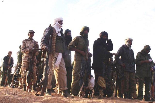 Des combattants de la rébellion touareg du MNLA... (Photo: Archives AFP)
