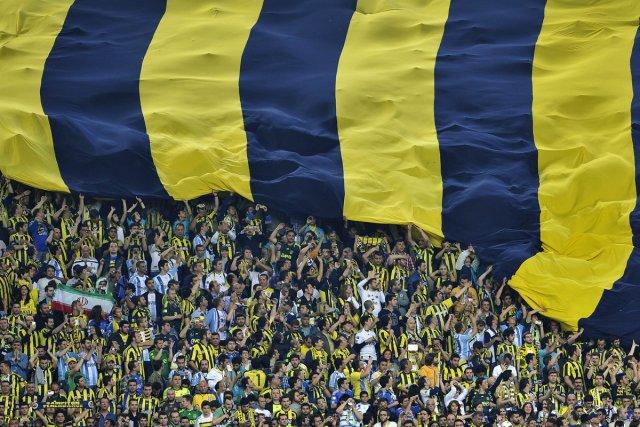 L'organisme de régie du foot européen a fait... (Photo: Andrej Isakovic, Archives Agence-Presse)