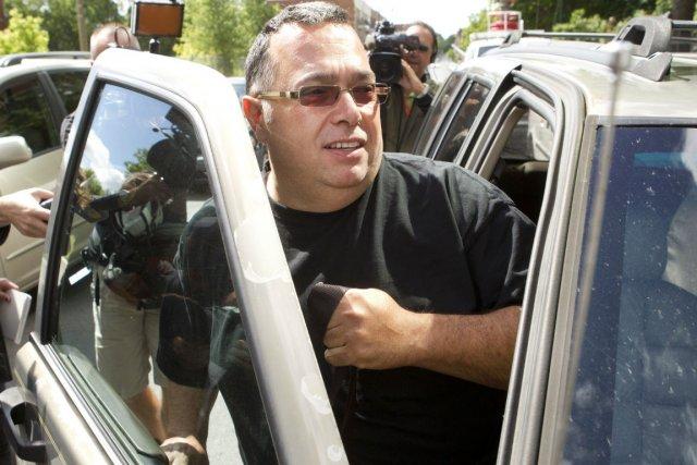 Luigi Coretti à son départ du quartier général... (Photo: Robert Skinner, La Presse)