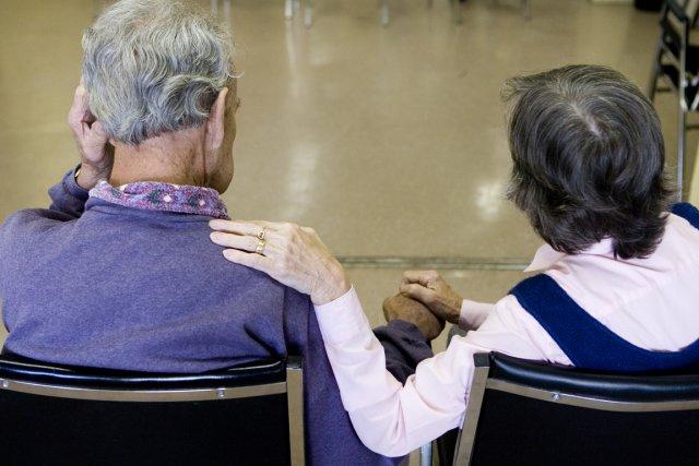 À Montréal, 23 083 chutes de patients sont... (Photo archives La Presse)