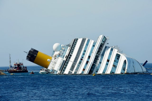 Le Costa Concordia transportait 4229 personnes, dont 3200 touristes... (Photo: Vincenzo Pinto, Archives AFP)