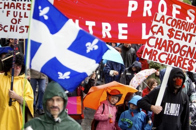La CLASSE et les manifestants ont envahi les... (PHOTO : MARCO CAMPANOZZI, ARCHIVES LA PRESSE)