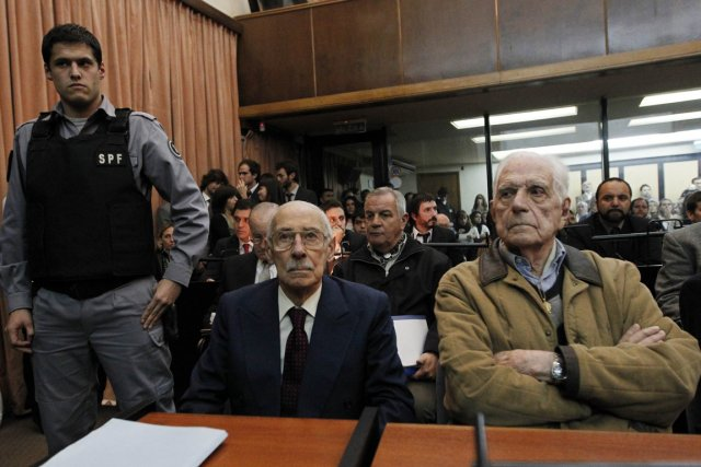 Le tribunal a décidé de condamner les ex... (Photo Enrique Marcarian, Reuters)