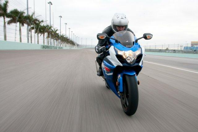La Suzuki GSX-R1000 2012.... (Photo fournie par Suzuki)
