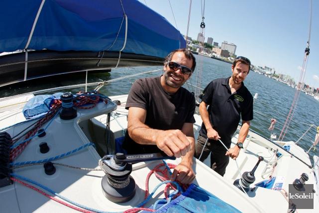 Les skippers Éric Tabardel et Damien De Pas... (Photothèque Le Soleil, Yan Doublet)