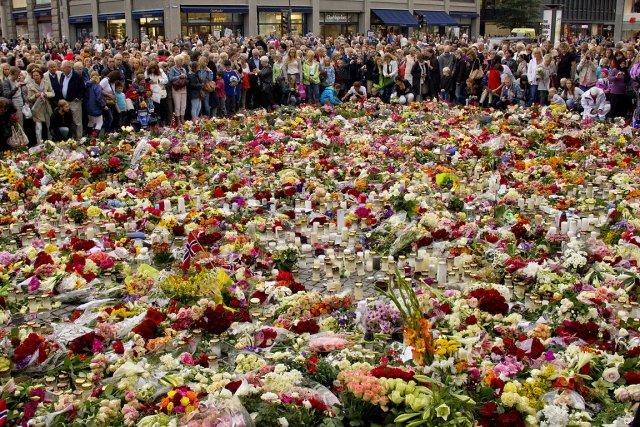 Quelques jours après la tragédie, une foule s'est... (Photo: David Boily, archives La Presse)