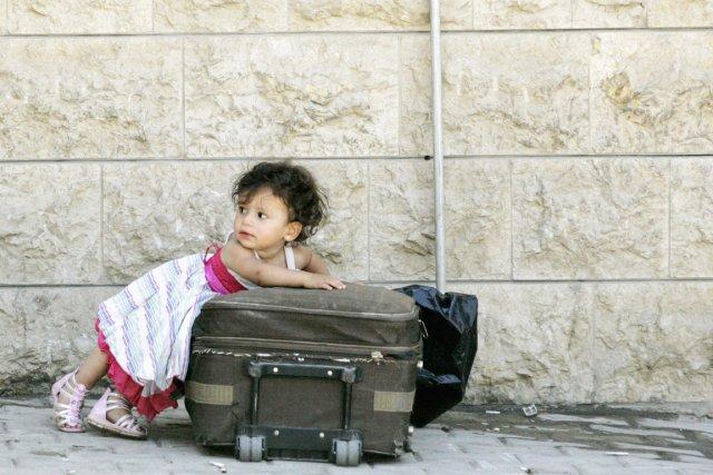 Une fillette d'origine syrienne, qui fait partie d'un... (PHOTO AFIF DIAB, REUTERS)
