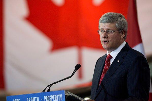 Stephen Harper... (La Presse Canadienne)