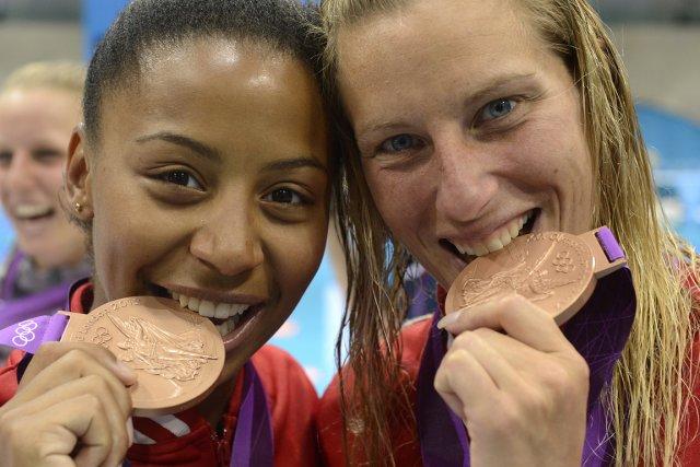 Émilie Heymans et Jennifer Abel ont décroché le... (Photo: Bernard Brault, La Presse)