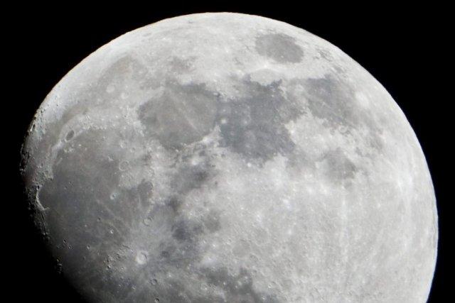 Une Base Sur La Face Cach U00e9e De La Lune
