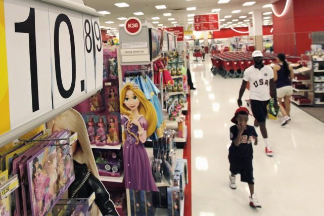 Les prix à la consommation ont légèrement augmenté aux États-Unis en mai, après... (PHOTO JIM YOUNG, ARCHIVES REUTERS)