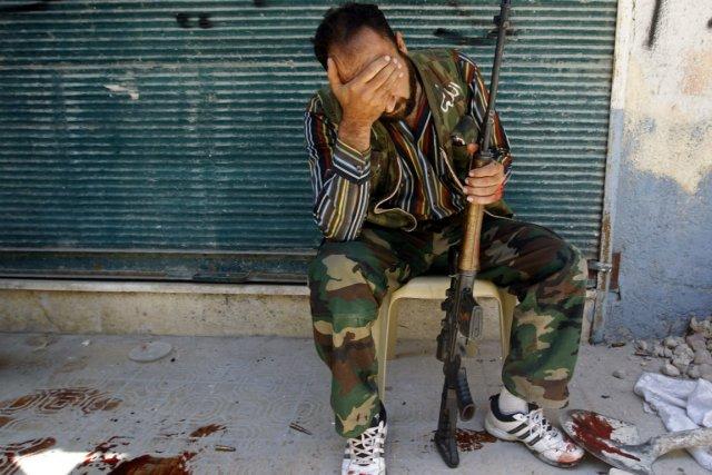 Un soldat rebelle syrien à Alep, capitale économique... (PHOTO REUTERS)