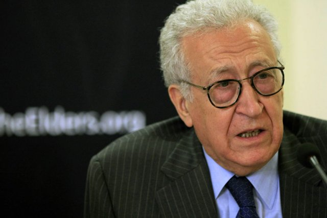 Lakhdar Brahimi... (PHOTO MOHAMED NURELDIN ABDALLAH, REUTERS)