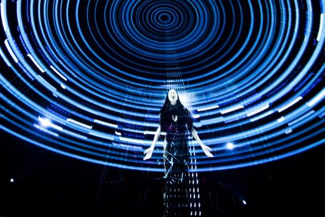 Film à la fois futuriste et fantaisiste, Six... (Photo: fournie par la SAT)