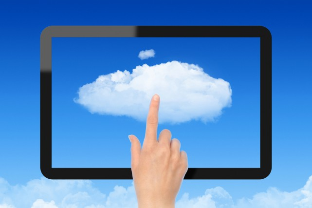 L'infonuagique ou «cloud» se révèle plus cher que prévu pour les entreprises... (PHOTOS.COM)