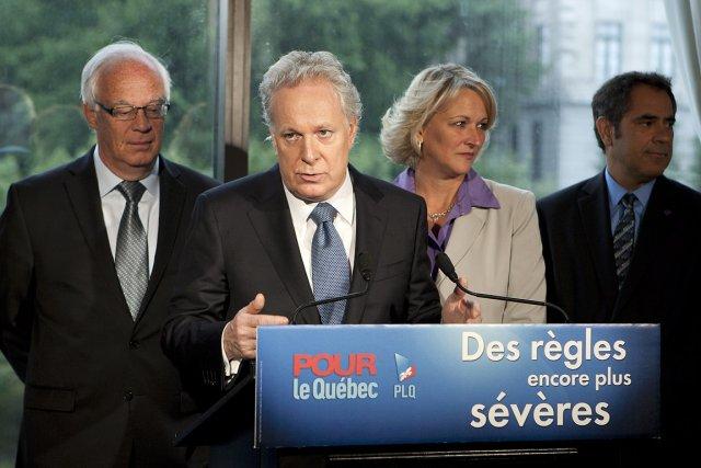 Jean Charest a fait sa promesse au moment... (Photo: PC)