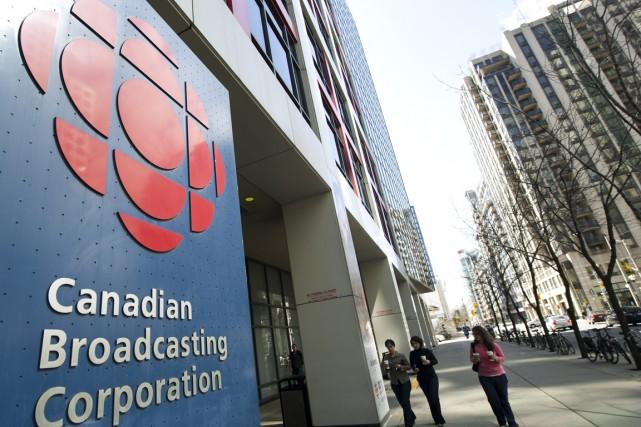 CBC/ Radio-Canada compte doubler sa présence sur les... (PHOTO NATHAN DENETTE, ARCHIVES PC)